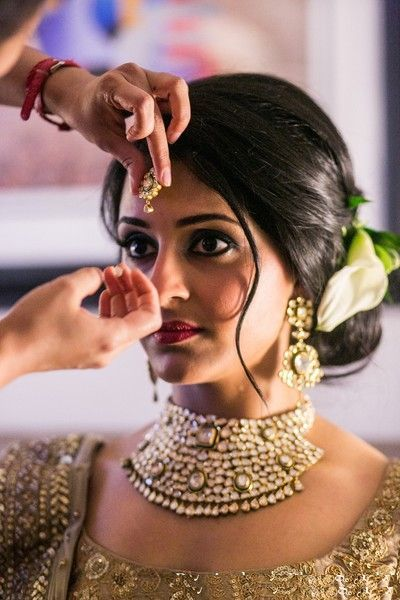 Indian-Wedding-Bun-Hairstyle1